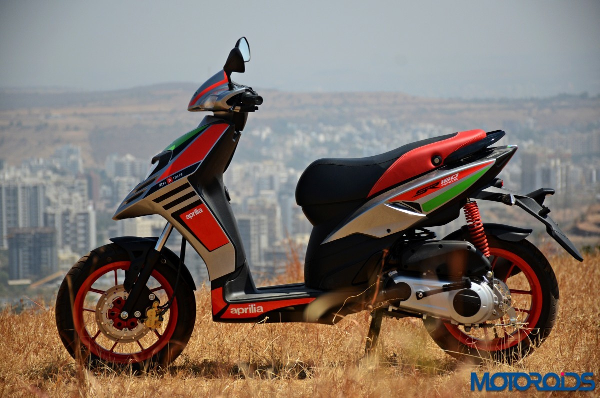 Aprilia-Sr150-Race-First-Ride-Review-25