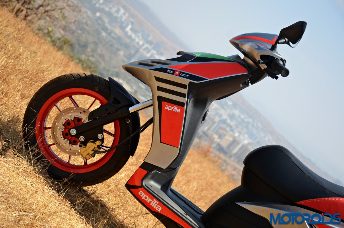 Aprilia-Sr150-Race-First-Ride-Review-30