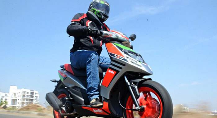 Aprilia SR150 Race First Ride Review : Jazzy Twist | Motoroids