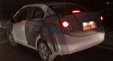 Chevrolet Essentia spied (2)