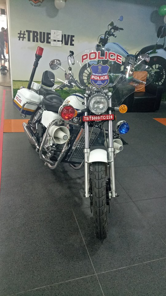 Fab-Regal-Raptor-Motorcycles-Hyderabad-Police-3