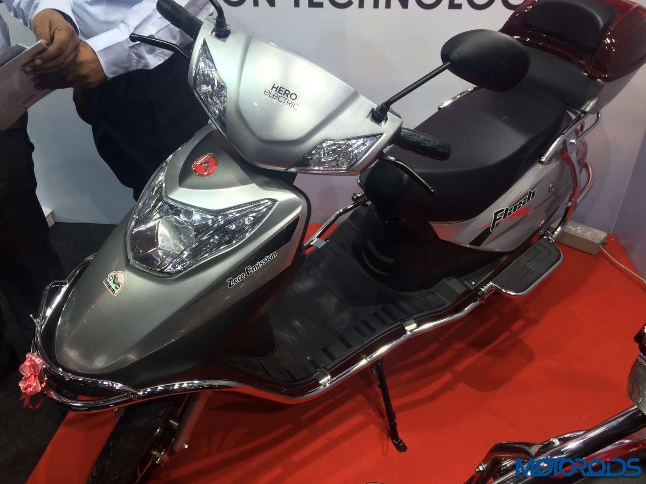 Hero-Flash-Electric-Scooter-India-Launch-1