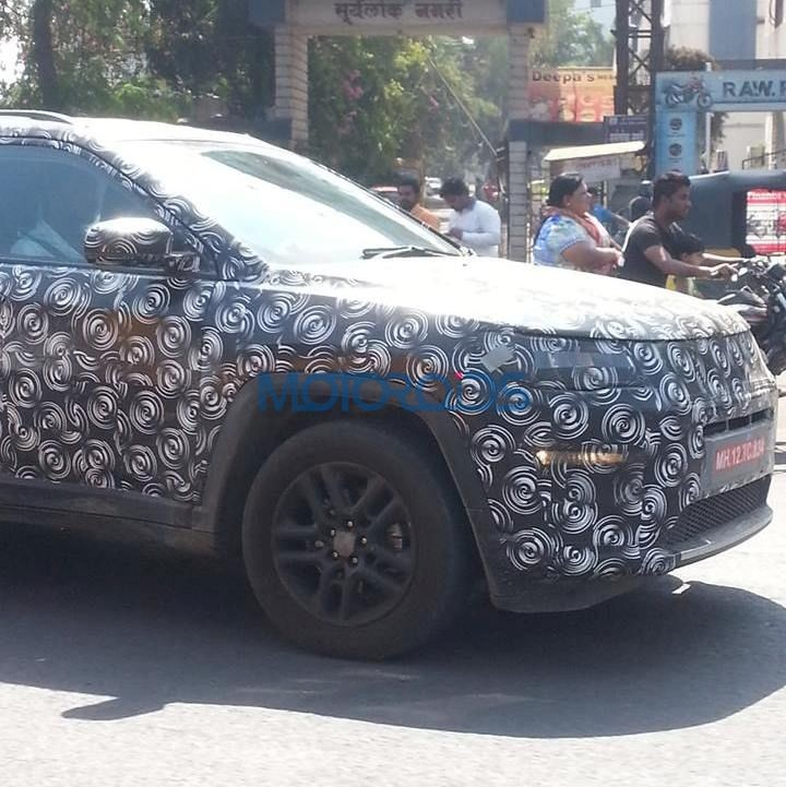 Jeep-Compass-spied-4