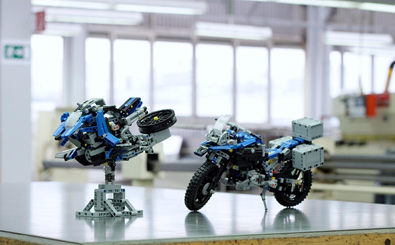Lego-BMW-Motorrad-R-1200-GS-Hover-ride-2