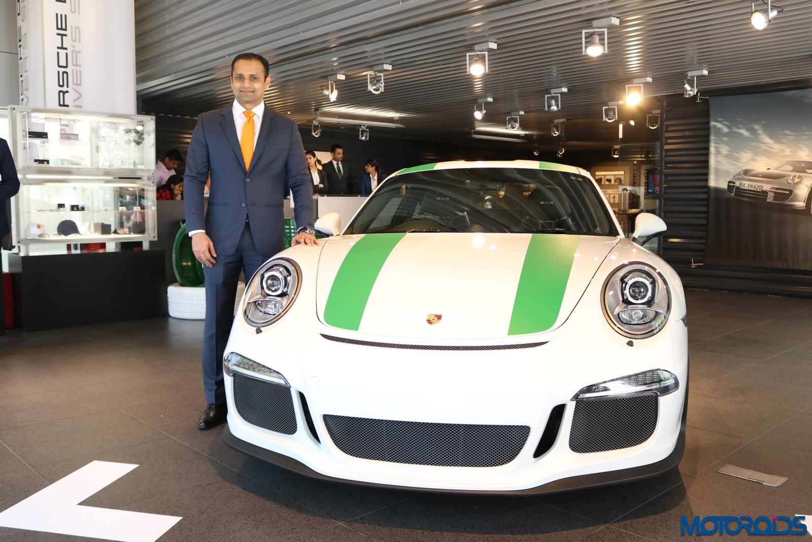 Limited-edition-Porsche-911-R-Comes-To-India-2