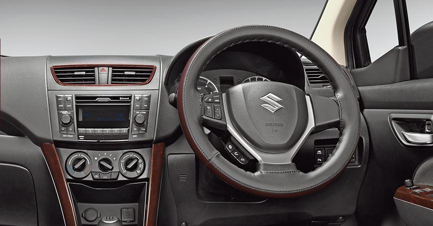Maruti-Suzuki-Ertiga-Limtied-edition-interior