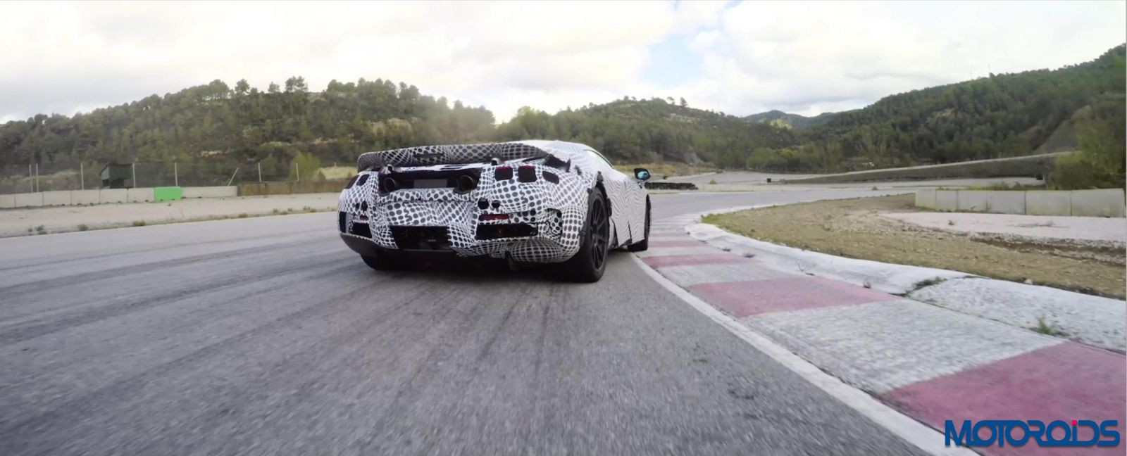 McLaren-Second-Generation-Super-Series-1