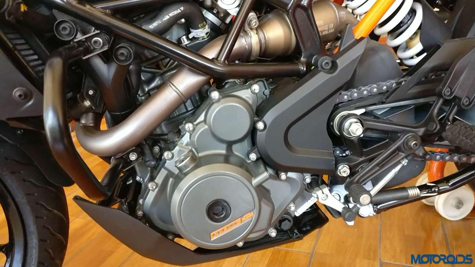 New-2017-KTM-250-Duke-26
