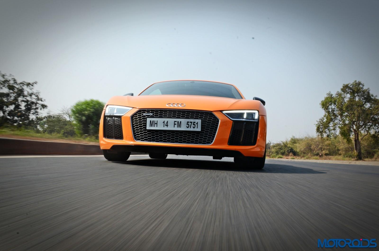New-Audi-R8-V10-Plus-action-2