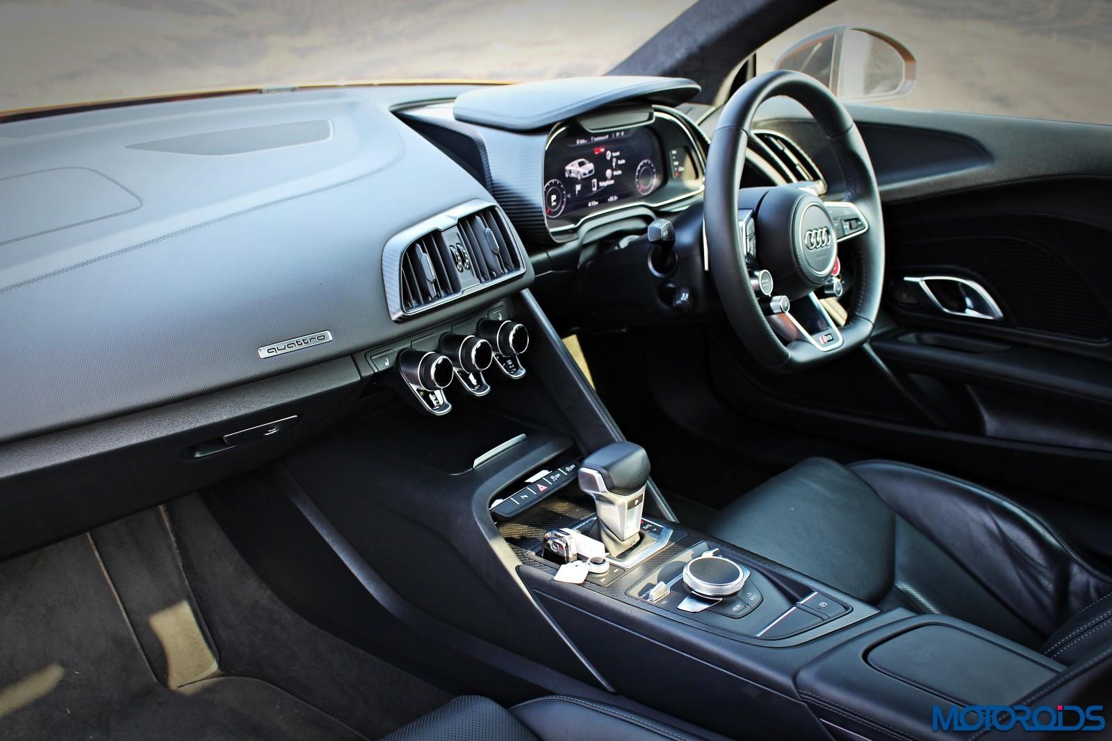 New-Audi-R8-V10-Plus-dashboard-2