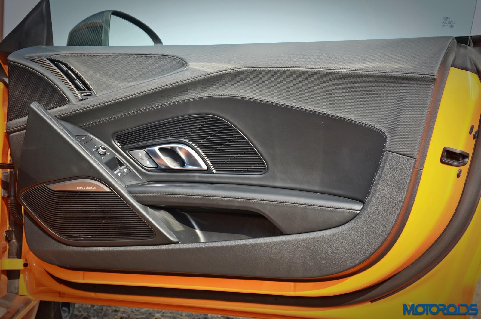 New-Audi-R8-V10-Plus-doors-2