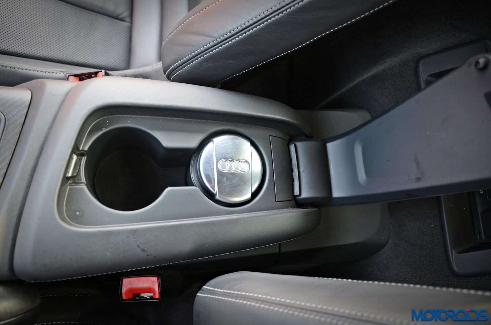 New-Audi-R8-V10-Plus-front-armrest-1
