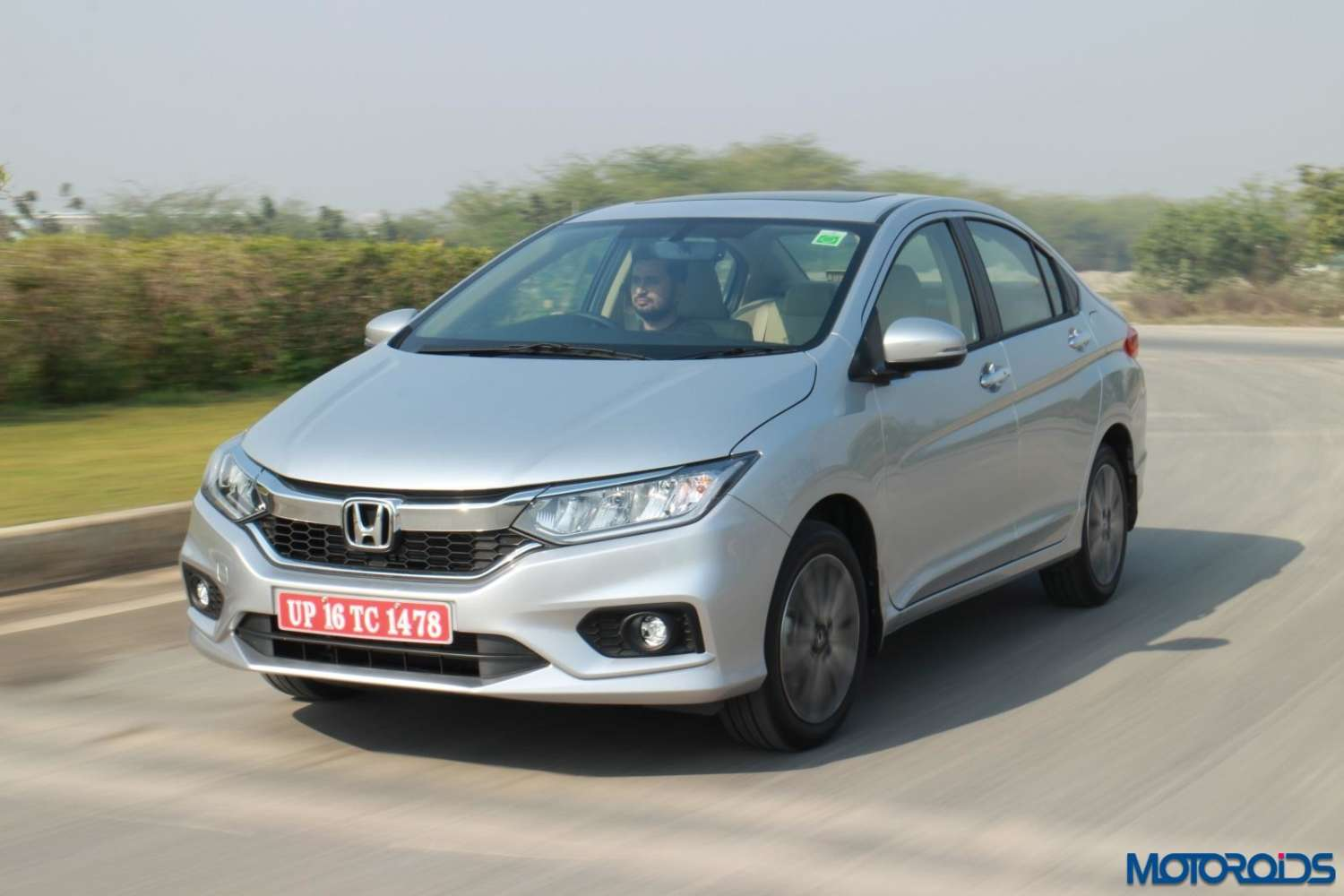 February 16, 2017-New-Honda-CIty-2017-Review-168.jpg