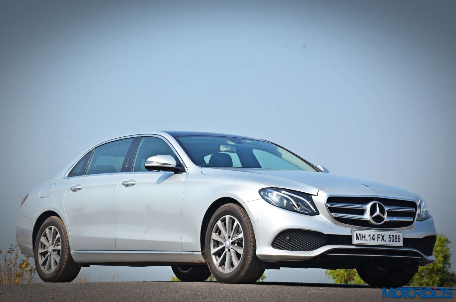 New-Mercedes-Benz-E-350-CDI-LWB-Review-10