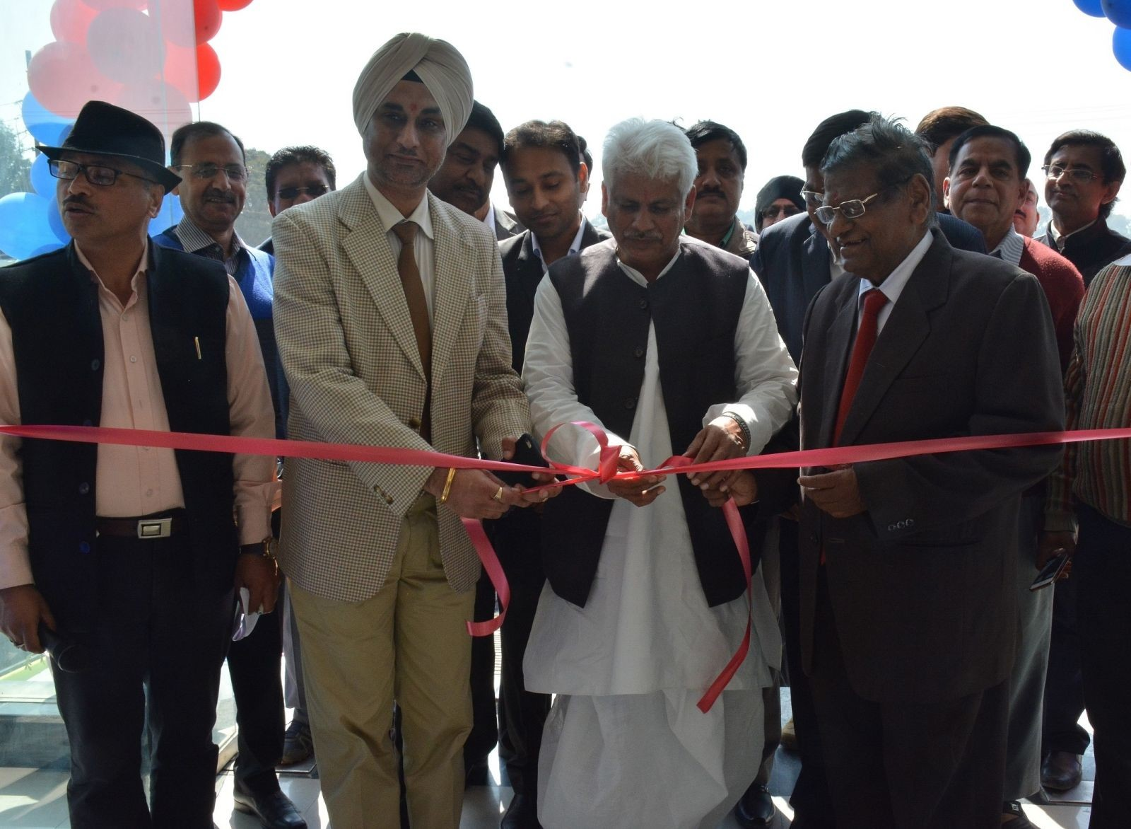 Nissan-India-Inaugurates-New-Dealership-In-Varanasi