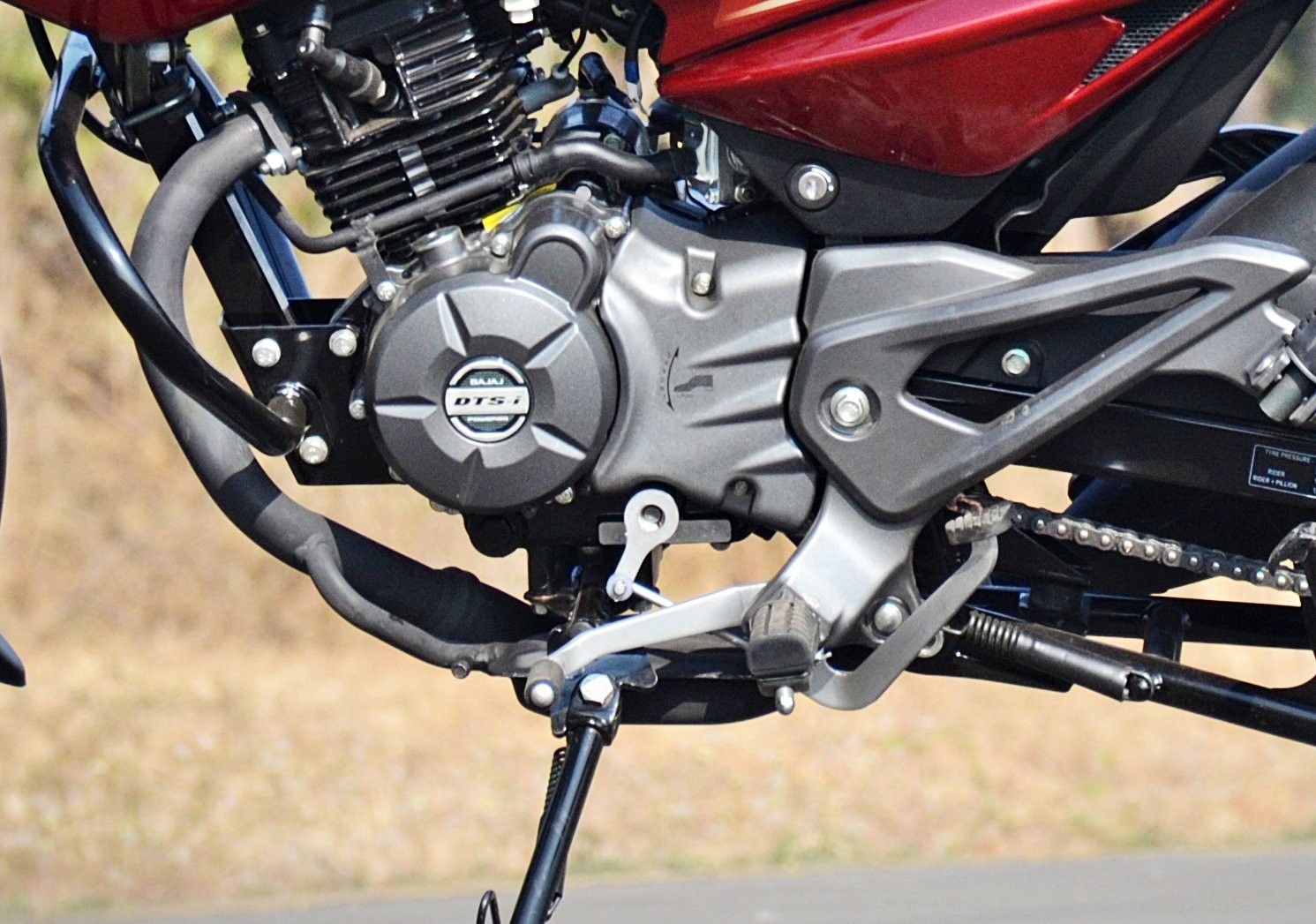 Pulsar-135-LS-heel-and-toe-shifter