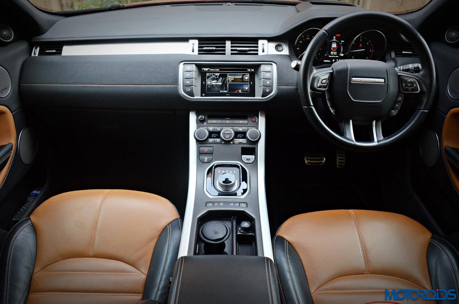 Range-Rover-Evoque-dashboard-2