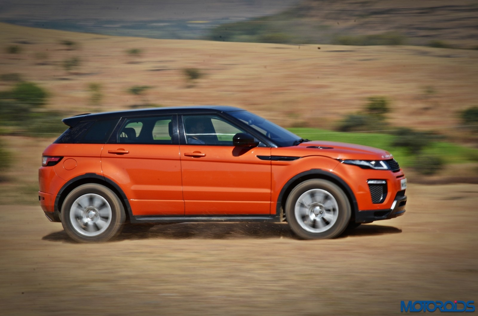 Range-Rover-Evoque-orange-8