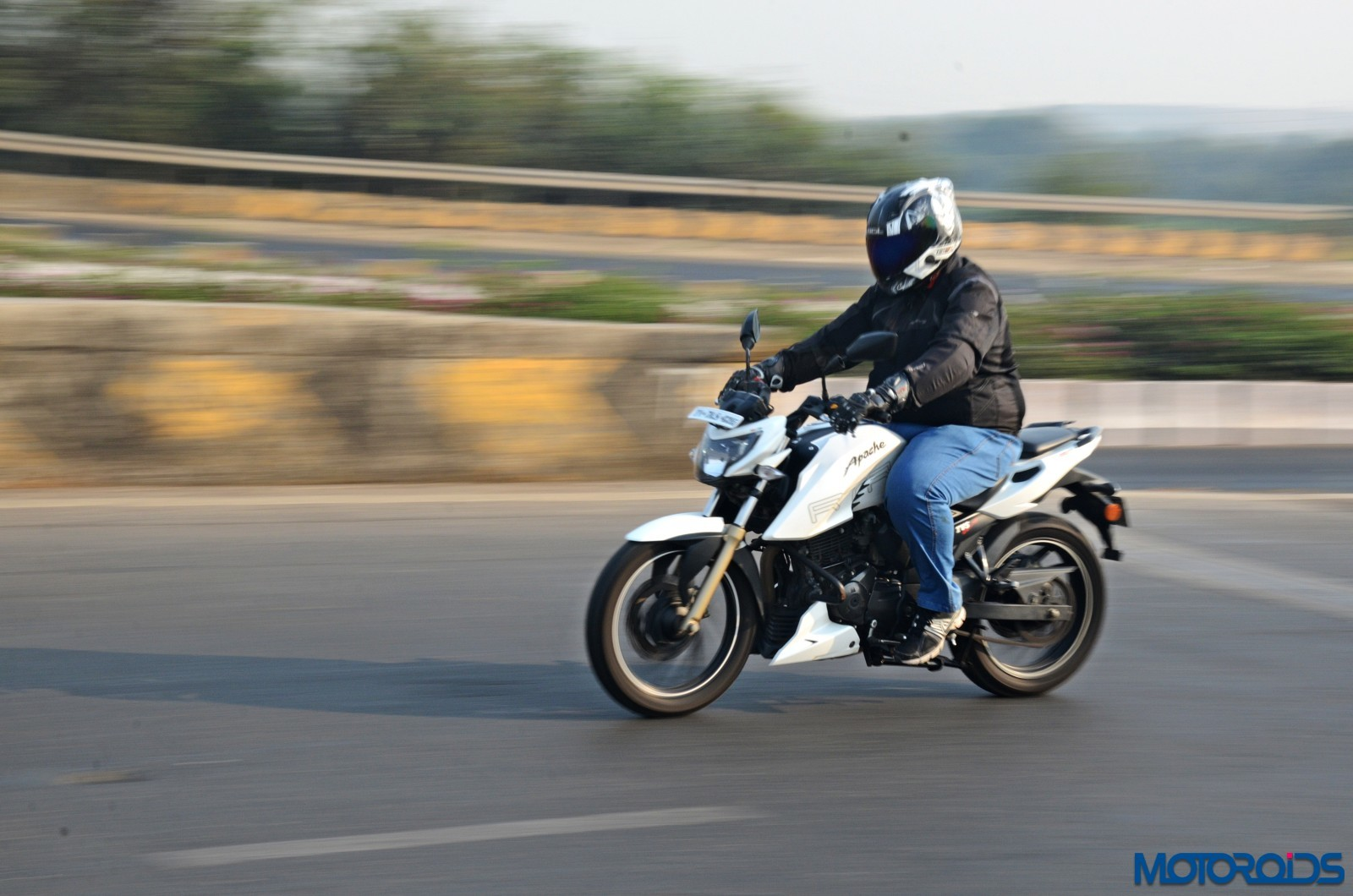 TVS-Apache-RTR200-4V-Long-Term-Report-Action-1