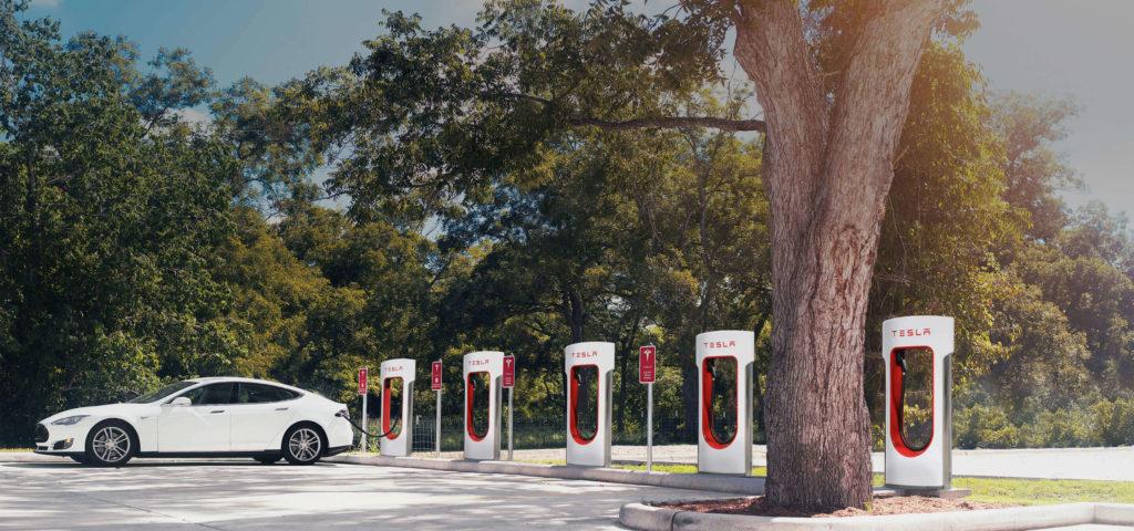 Tesla-Supercharger-1024x480