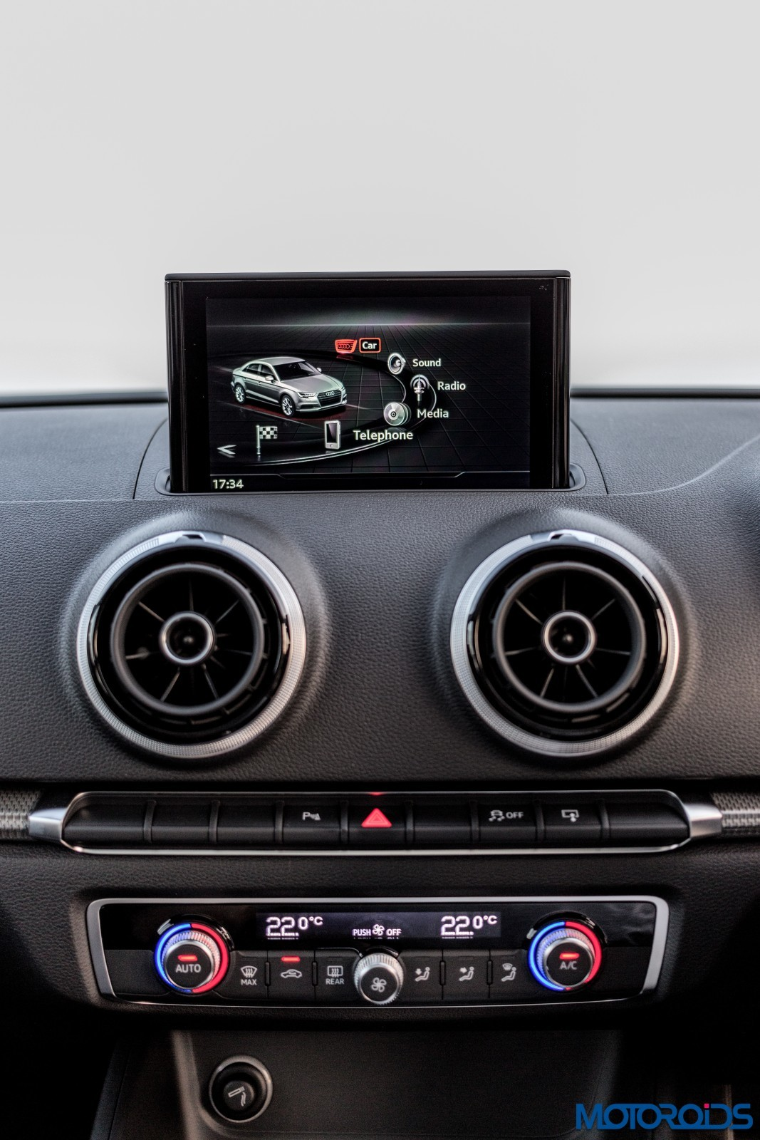 new-2017-Audi-A3-facelift-interior-3