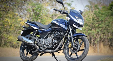 New 2017 Bajaj Pulsar 150 DTS-i First Ride Review, Images, Price, Specs and Changes