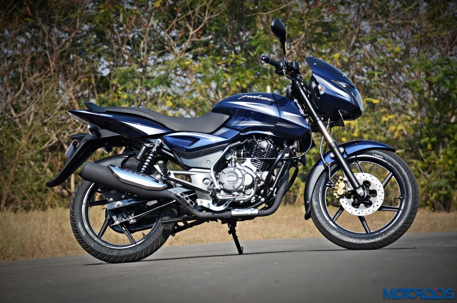 Bajaj Pulsar 150 Price In India, Variants, Specifications - Motoroids
