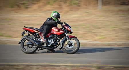 new 2017 Pulsar 135LS action (1)