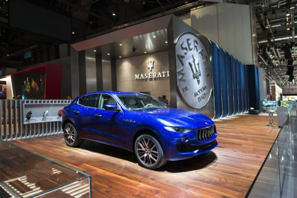 02-Geneva-Motor-Show-2017-–-Maserati-Levante-–-Ermenegildo-Zegna-600x400