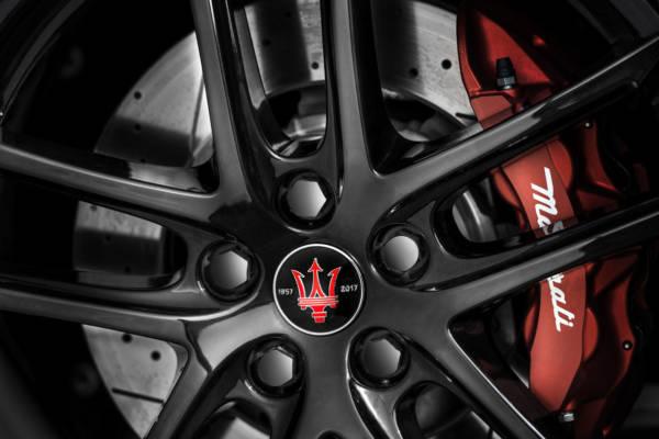 07-Geneva-Motor-Show-2017-Maserati-GranTurismo-GranCabrio-Sport-Spec-600x400