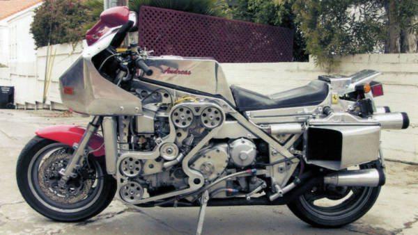Andreas Ferrari V8 powered motorcycle