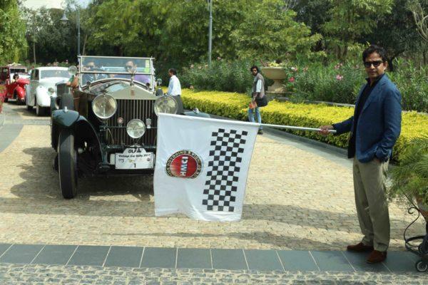 DLF-Vintage-Car-Rally-5-600x400