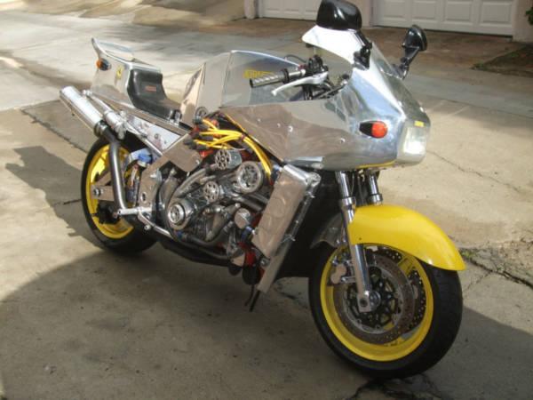 Ferrari-Powered-motorcycle-600x450