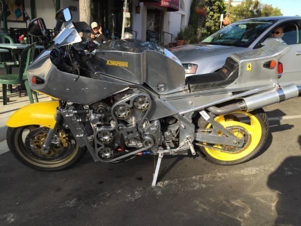 Ferrrari-motorcycle-600x450