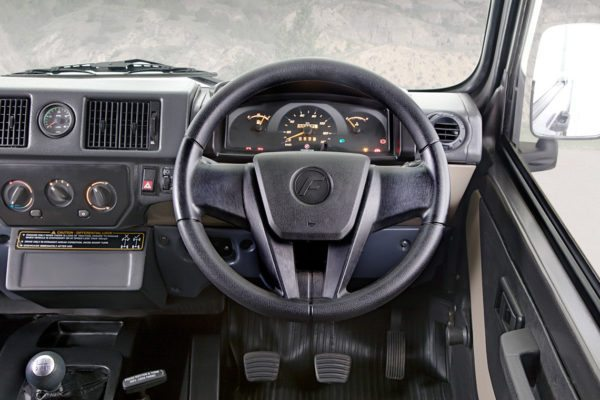 Force-Gurkha-Interior-600x400