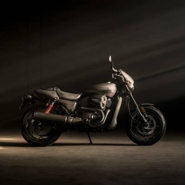 Harley Davidson Street Rod 750 (5)