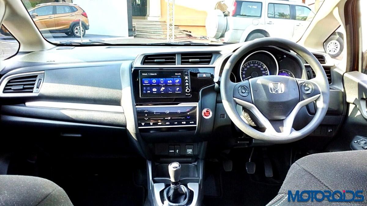 Honda-WR-V-Interior-15