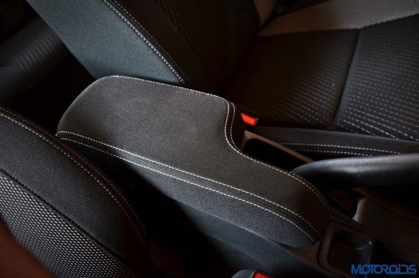 Honda-WR-V-armrest-600x398
