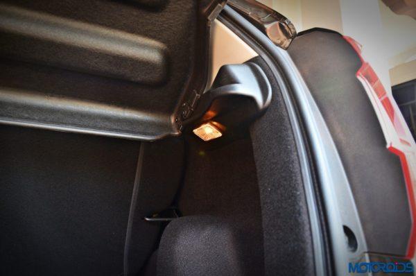 Honda-WR-V-bootlight-600x398