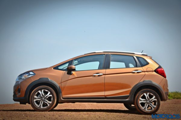 Honda-WR-V-static-side-2-600x398