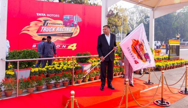 New-2017-Tata-T1-Prima-Race-Trucks-Flagged-Off-From-Jamshedpur-Plant-1-600x346