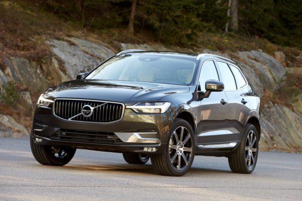 New-Volvo-XC60-Premium-SUV-2017-Geneva-Motor-Show-6-600x400