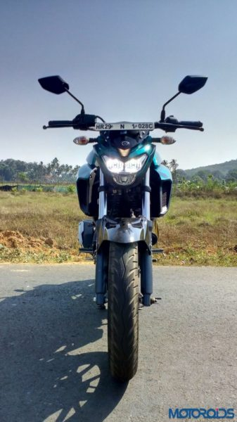 New-Yamaha-FZ25-Review-11-337x600