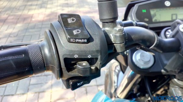 New-Yamaha-FZ25-Review-29-600x337