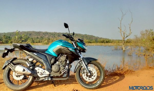 New-Yamaha-FZ25-Review-35-600x356