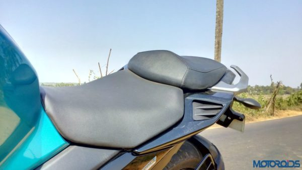 New-Yamaha-FZ25-Review-46-600x337