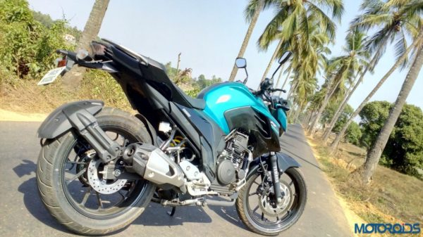 New-Yamaha-FZ25-Review-6-600x337