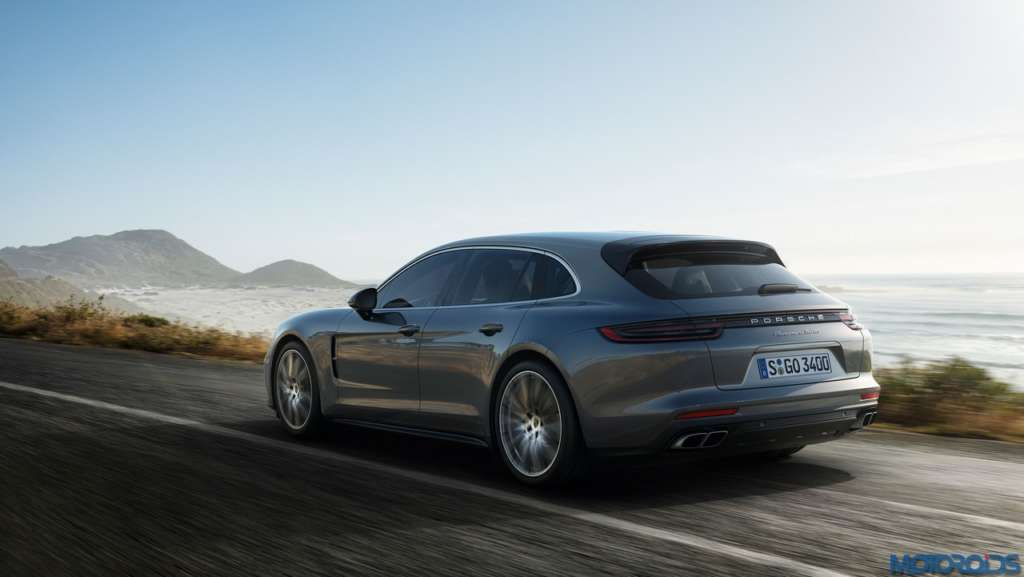 Porsche-Panamera-Sport-Turismo-4-1024x577
