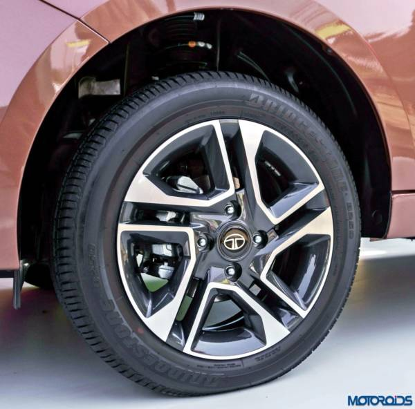 Tata-Tigor-alloy-wheels-600x592