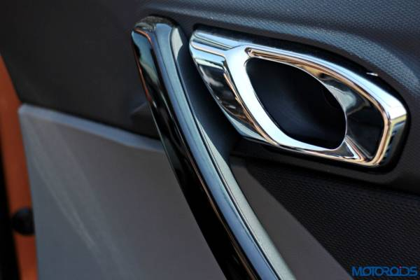 Tata-Tigor-door-handle-600x400